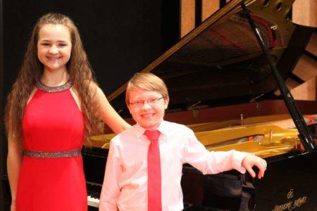 Große Talente! Geschwister Hahn spielen am Klavier @ Ehemalige Synagoge Schweich