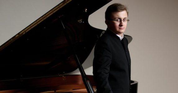 Weltklassik am Klavier – Appassionata – Sonate von Beethoven, übersinnliche Etüden von Liszt! @ Ehenalige Synagoge Schweich