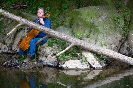 Benefizkonzert für Opfer des Hochwassers – besinnliche Musik mit Cello und Campanulen @ Synagoge Schweich